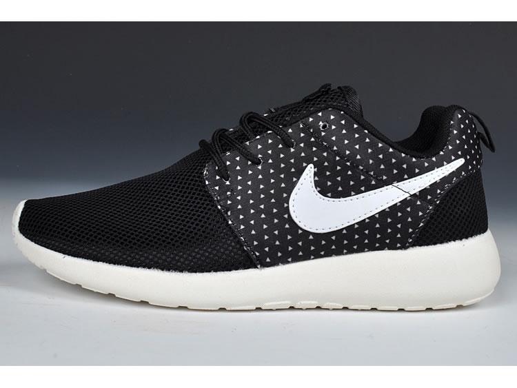 D'usine Cher Run Nike Chaussures Trouver Pas La Femme Sortie Roshe XXEYqZ