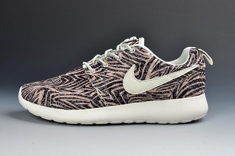 finest selection 36239 324a6 Trouver La Sortie D usine Nike Roshe Run Femme Chaussures Pas Cher  Alainhemet