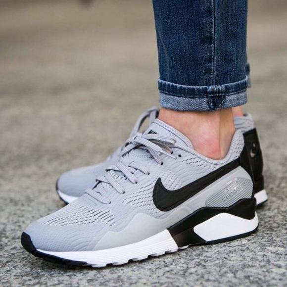 sports shoes cc70e 9dd64 Nouvel Arrivant Nike Air Pegasus 92 Femme Homme Chaussures Pas Cher  Alainhemet
